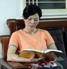 http://www.minghui.org/mh/article_images/2011-10-14-minghui-falun-gong-212609-1.jpg