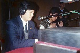 李洪志先生在直播现场