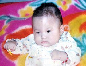 珊珊的百日照(出生十天被绑架)