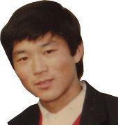 年轻时的王广伟