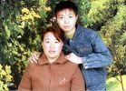 '田志阳和母亲安丽琴'