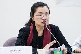 立法委员田秋堇表示,不能让在国外移植器官形同毫无管制