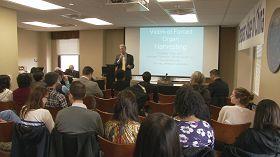 """器官移植在中国被滥用""""研讨会在匹兹堡大学举行"""