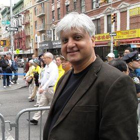 印度裔英国人苏里杰达观纽约大游行了解法轮功真相