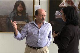 资深中国问题专家布莱恩•麦克亚当认为画展是法轮功学员的精彩表达。