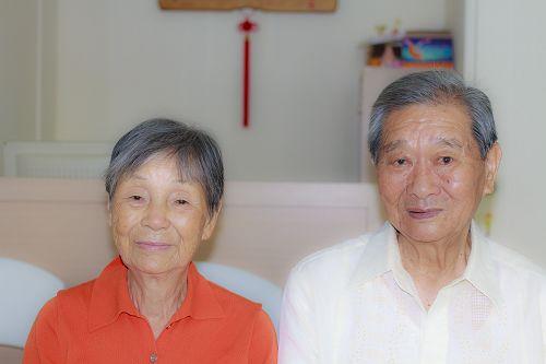 今年已是八十四岁高龄的尤景山夫妇,四年前开始修炼法轮功,身心变化很大。