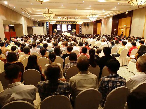 二零一四年马来西亚法轮<span class='voca' kid='53'>大法</span>修炼心得交流会现场