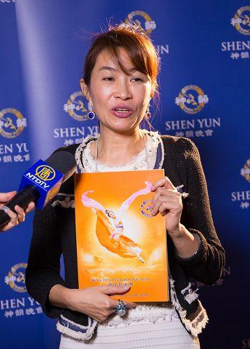 """国际珠宝品牌""""丽新钻石""""董事长杨丽琴说:""""神韵让世界看到中华文化的博大精深和正统文化的珍贵。"""""""