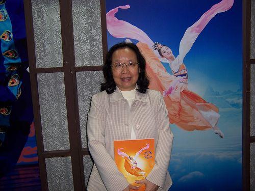 中华经济研究院教授陈丽英推崇神韵寓教于乐,对人潜移默化