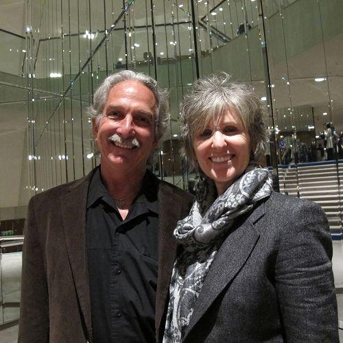 图04:雕塑家迪恩与夫人画家塔里