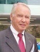 图6:瑞士日内瓦州大议会议员Henry Rappaz