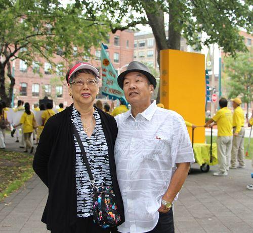 来自美国得克萨斯州的Wendy & Dr Paul Leung 夫妻俩,他们表示,任何迫害人的刽子手都是要送上审判台的。