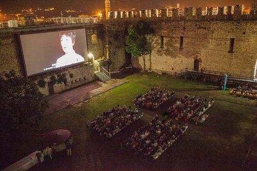 《自由中国》在普拉托首场放映座无虚席