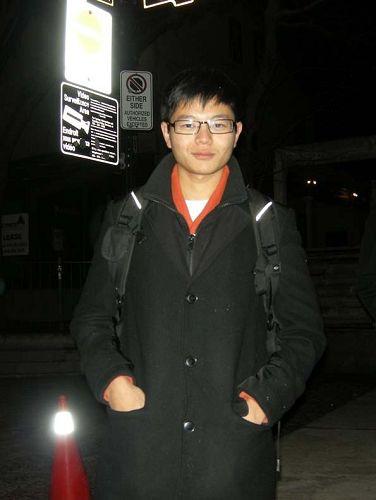 圖5:華人大學生Jason呼籲共產黨應該立即停止迫害法輪功。
