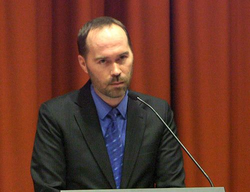 澳洲人权律师内森•肯尼迪(Nathan Kennedy)