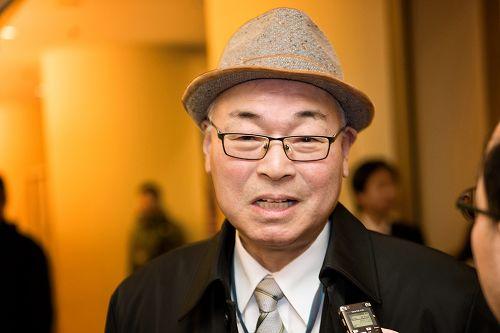 """建筑设计所所长阪本茂树(Shigeki Sakamoto)赞叹,""""(歌唱家)演唱的歌词完全就是神佛的教诲。"""""""