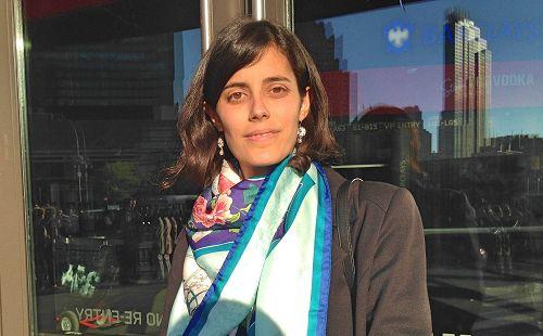 圖3:希臘學員娜塔莉(Natalia)說閱讀《轉法輪》「讓我的心靈有了歸屬感、安全感。」