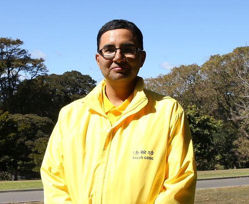 '图6:悉尼法轮功学员Abhishek。'