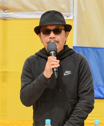 '图4:多位香港及大陆知名人士到场声援,保卫香港自由联盟发言人韩连山呼吁全球加入过共产党的人快快退党。'