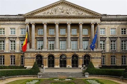 '图:比利时众议院通过法案,禁止器官旅游'