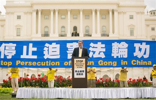 图8:全球基督教团结组织东亚组负责人本尼迪克特·罗杰斯(Benedict Rogers)