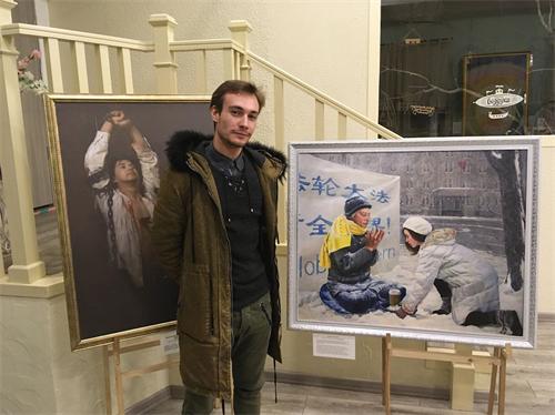 '图8:奥德萨大学生尼古拉:绘画传递坚忍信仰'