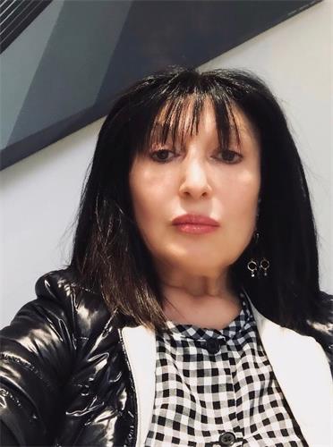 犹太裔珠宝商人奥斯诺·盖德(Osnot Gad)女士