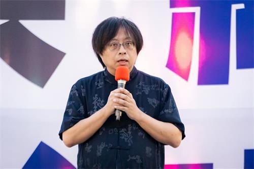 '图6:华人民主书院董事主席曾建元。'