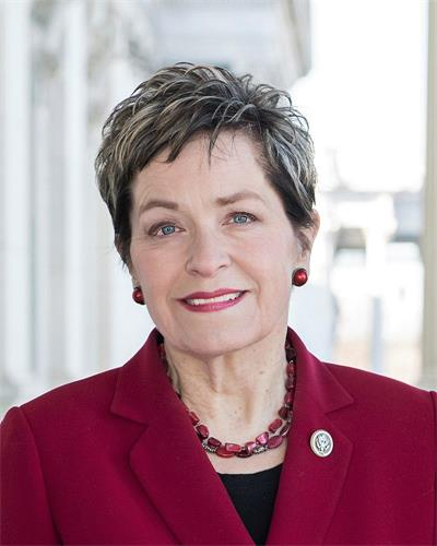'图7:法轮功反迫害二十一周年,俄亥俄州(Ohio)民主党籍联邦众议员玛西·卡普特(Rep.