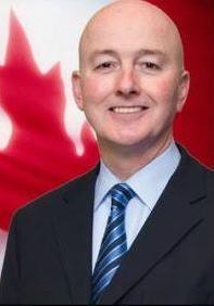 '图1:加拿大官方反对党影子内阁国际权利与宗教自由部长斯维特(DavidSweet)'