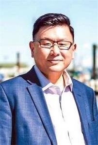 '图2:加拿大保守党国会议员赵锦荣(KennyChiu)'