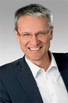 '图6:圣加伦州议员伯恩哈德·豪瑟(Bernhard?Hauser)教授'