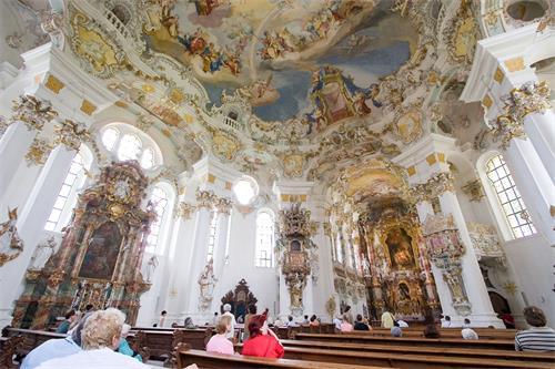 2020-9-11-wieskirche_rococo_interior--ss.jpg