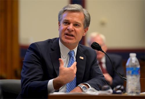 '图5:联邦调查局局长雷(ChristopherWray)9月17日参加众议院国土安全委员会的听证。'