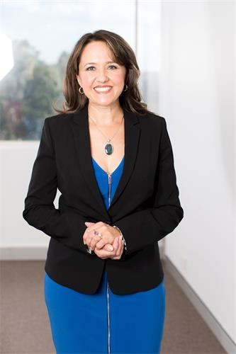 '图1:澳洲大律师、国际人道法专家及作家索菲・约克(SophieYork)'