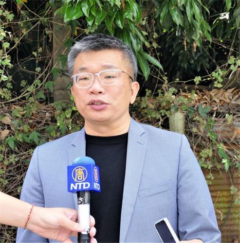 """'图3:""""四二五和平上访""""二十二周年,台湾立法院副院长蔡其昌声援法轮功。'"""