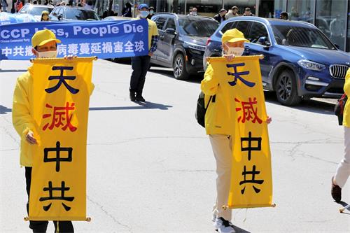 '图15:法轮功学员郝玉秀(右)二十二年前曾经亲历天津教育学院事件和四·二五北京和平上访。'