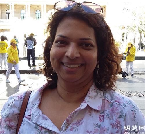 图18:灵性治疗师玛丽·米南巴(Marie Minamba) 表示:真、善、忍引领整个社会走向正道