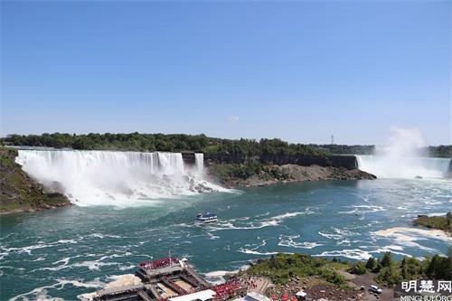 '图9:尼亚加拉瀑布'